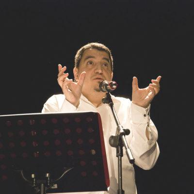 Jesús Ge - Poeta Escénico - Fotografía por Lore Land